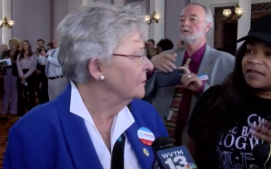Nathaniel Woods' Sister Confronts Alabama Governor: 'You Killed My Brother'