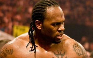 Former WWE Wrestler Swept Away by Waves