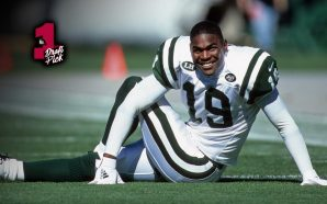 New York Jets wide receiver Keyshawn Johnson smiles during an NFL game against the Oakland Raiders on Sunday, Oct. 24, 1999, in Oakland. (Greg Trott/AP)