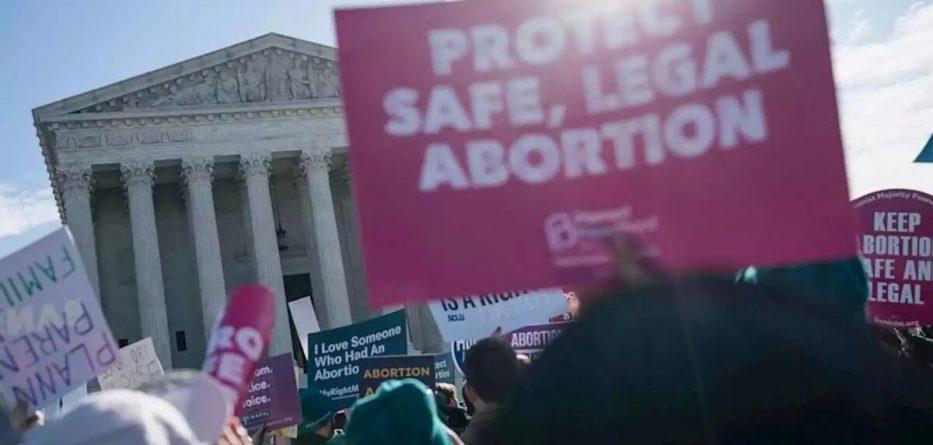 Supreme Court Strikes Down Restrictive Louisiana Abortion Law