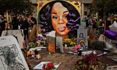 Memorial for Breonna Taylor in downtown Louisville. (Image via Jason Armond/Los Angeles Times)